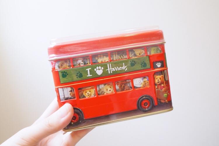 ロンドンバスの缶