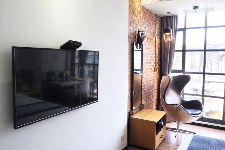 ブルースカイホテルのテレビ