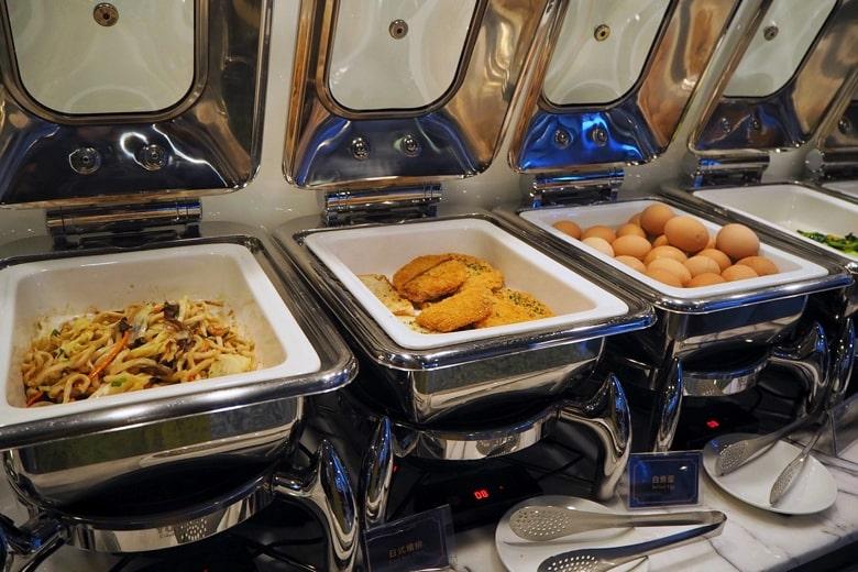 1969ブルースカイホテルのかわいい朝食
